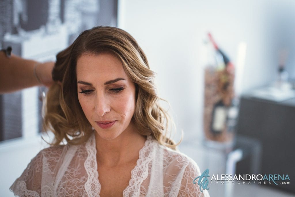 foto preparativi sposa hair stylist bellinzona all'opera